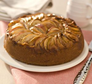 Apple & Cinnamon Cake
