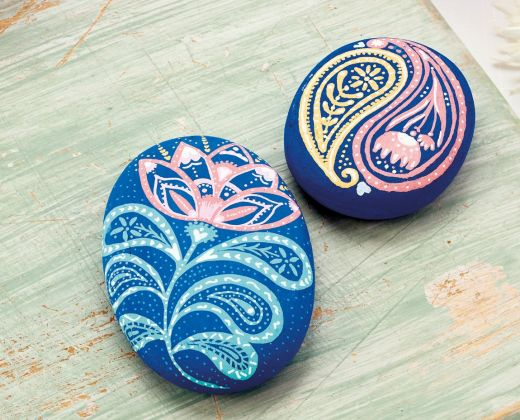 Pebble Painting with POSCA