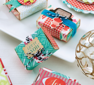 Contemporary Christmas Papercrafts