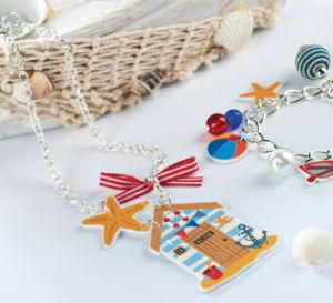 Make Seaside Beach Hut Necklace