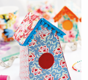 Simple Fabric Birdhouse Project