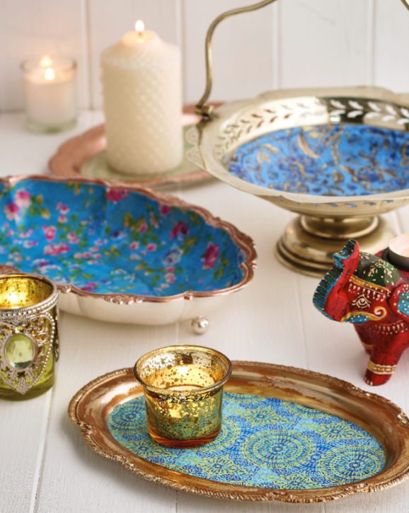 9 Ways To Make Your Christmas Table Pop