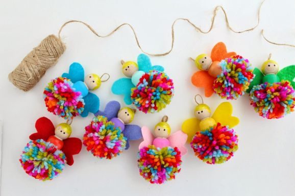 9 Easy Pompom Projects To Make Right Now