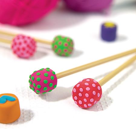 polka dot clay knitting needle ends free craft project knitting and crochet crafts. Black Bedroom Furniture Sets. Home Design Ideas