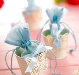 Vintage Ivory Wedding Favour Buckets