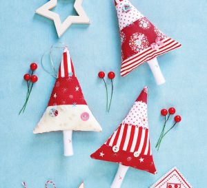 Easy Stitched Tree Decorations