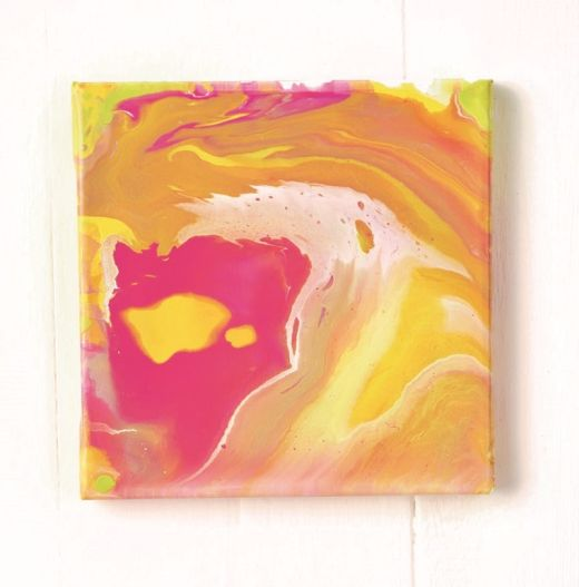 Foolproof How To: Easy Acrylic Paint Pouring