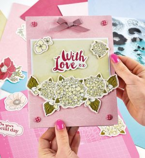 Exclusive Gift: docrafts Full Bloom Card Kit
