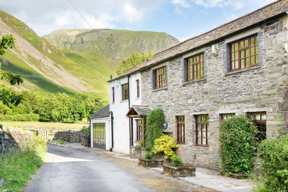 Win One Of Five Vouchers For Sally's Cottages
