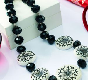 Make Easy Resin Beads Necklace