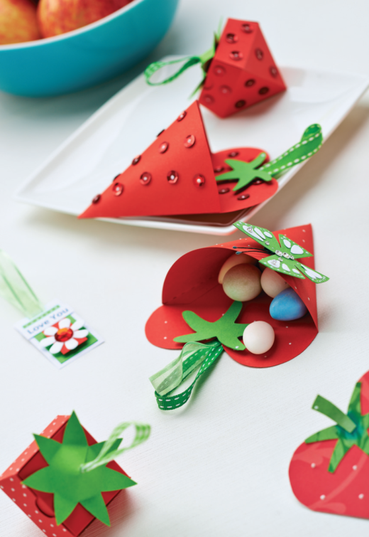 Papercraft Strawberries Free Craft Project Papercraft