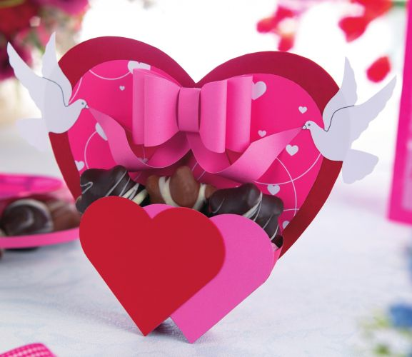 papercraft a striking heart-themed set
