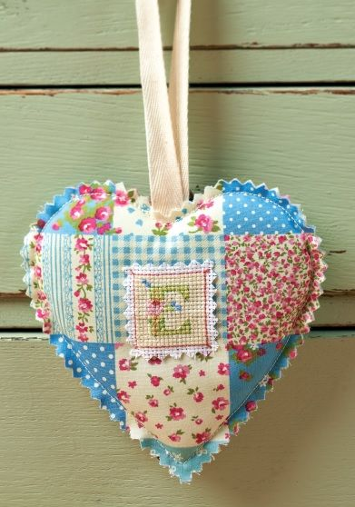large heart printable free card making downloads stitching