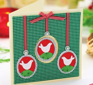 Sparkling festive cards using paper and fabric